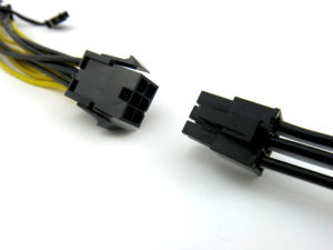 PCIe splitter connects to a standard PCIe power cable